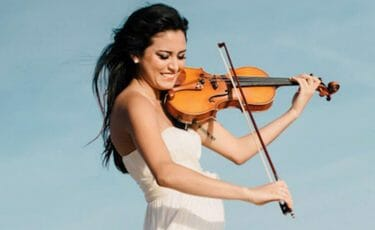 Hip-Hop Classical Solo Violinist