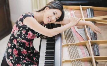 Diana, Pianist