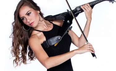 Amy, Violinist
