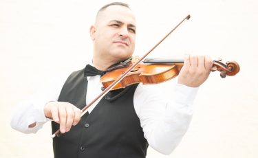 Murrat, Persian Violinist